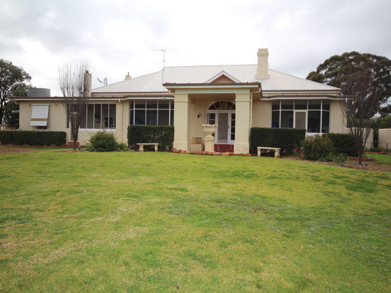 Address available on request, Geurie, NSW 2818