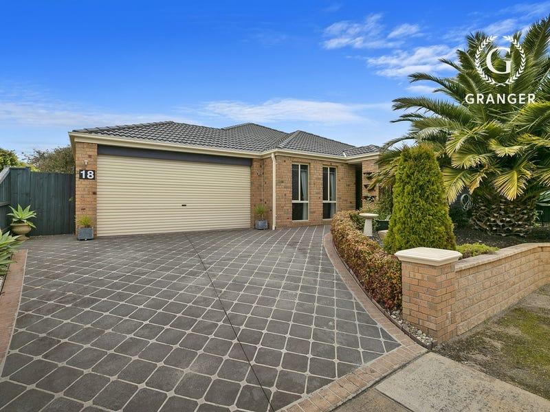 18 Mariner Place, Safety Beach, Vic 3936