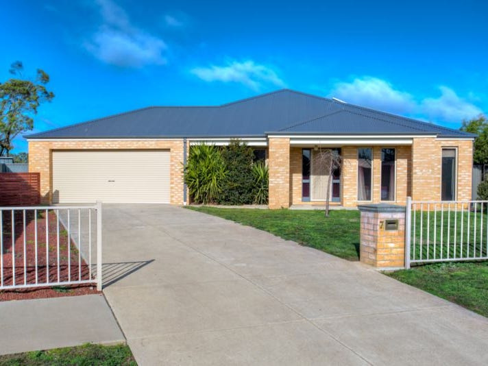 7 King George Way, Mitchell Park, Vic 3355