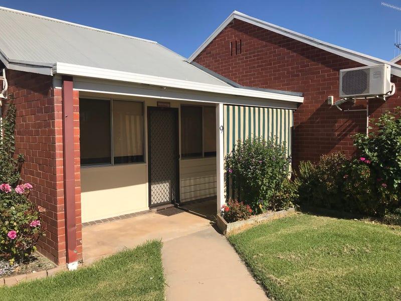 9/426 Poictiers St, Deniliquin, NSW 2710