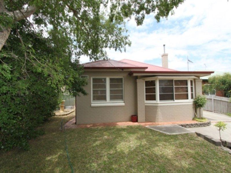 126 Mitre Street, Bathurst, NSW 2795