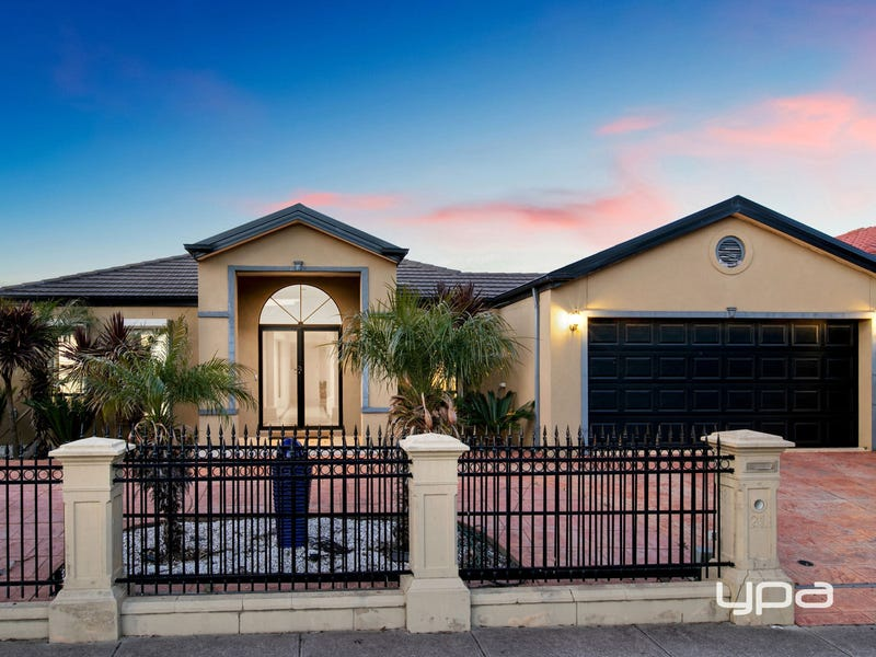 21 Rafter Drive, St Albans, Vic 3021
