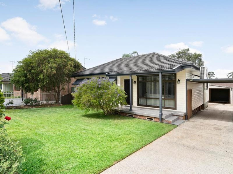 8 Craig Avenue, Oxley Park, NSW 2760