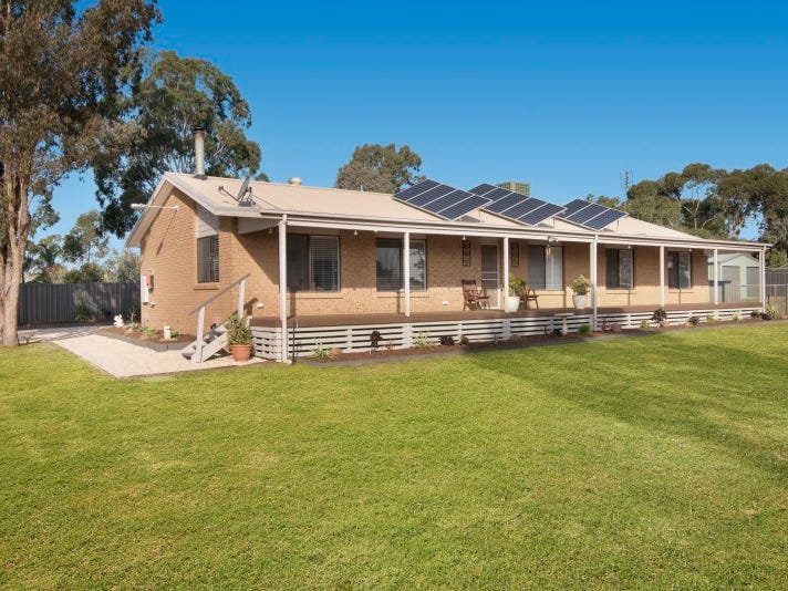 3 Airey Street, Huntly, Vic 3551