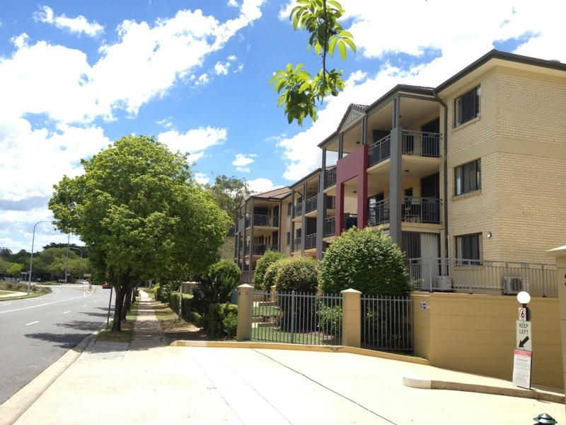 20/300 Sir Fred Schonell Drive, St Lucia, Qld 4067