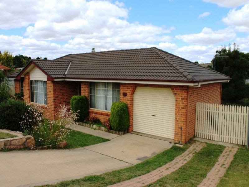 10 Burgess Place, Bathurst, NSW 2795
