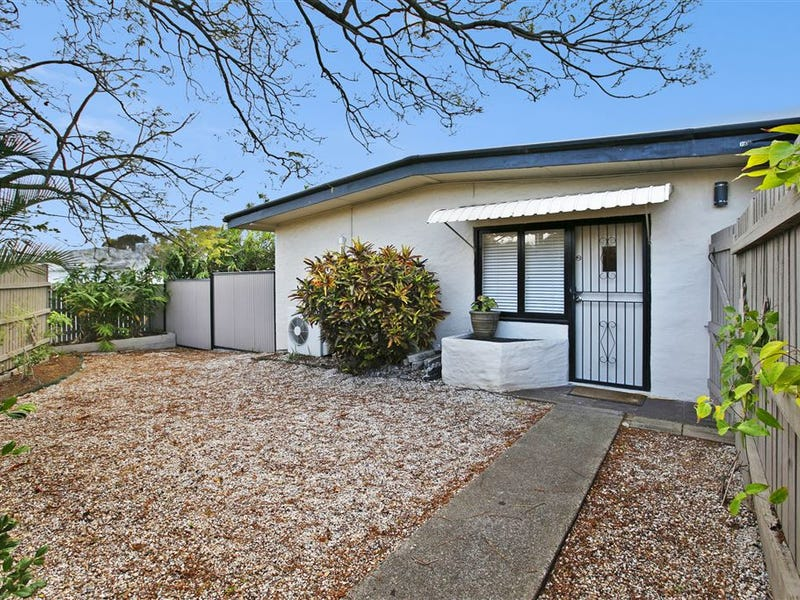 2 Alloa Street, Wynnum West, Qld 4178