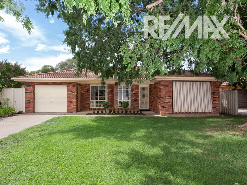 29 Grevillea Crescent, Lake Albert, NSW 2650