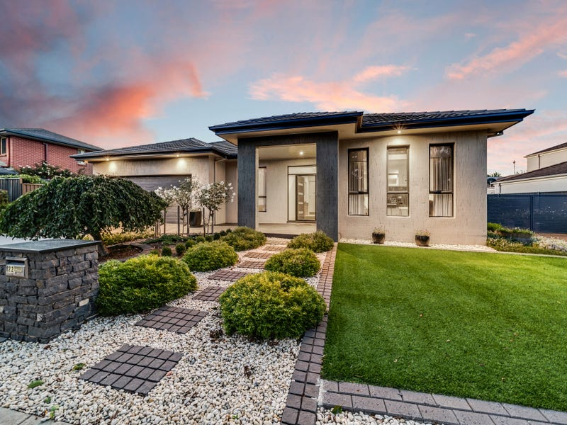 22 Jeanne Young Circuit, McKellar, ACT 2617