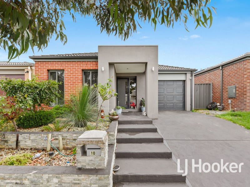 10 Taradale Street, Cranbourne North, Vic 3977