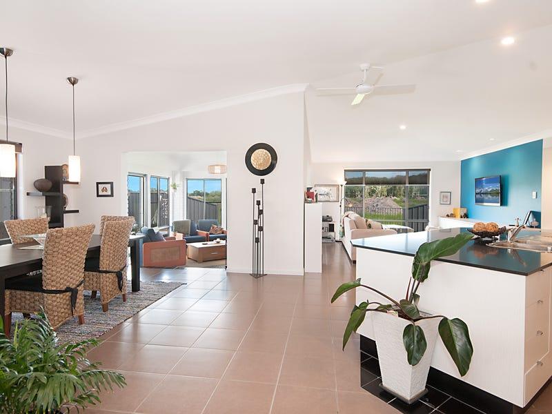 5 Buccaneers Court, Yamba, NSW 2464
