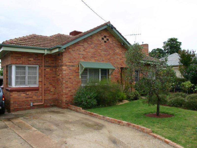 130 Stradbroke Avenue, Swan Hill, Vic 3585