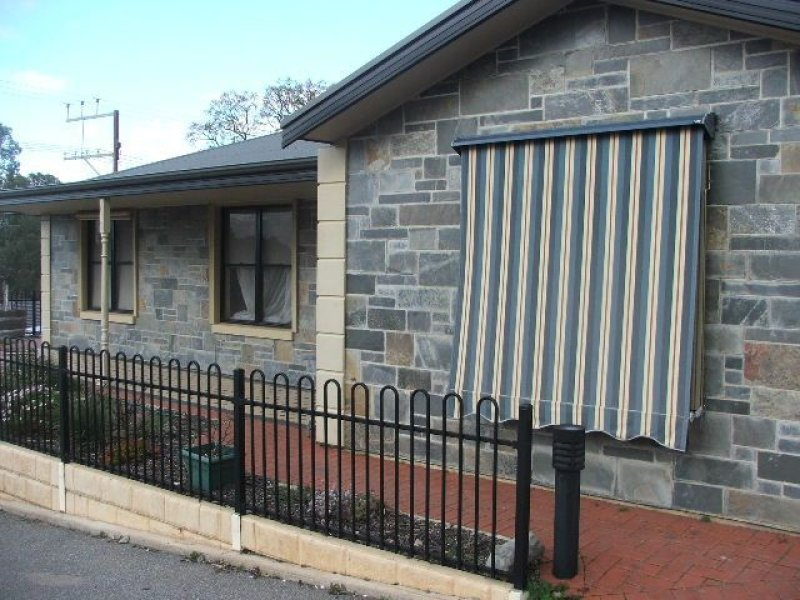 Unit 1 8 Blyth Road, Clare, SA 5453