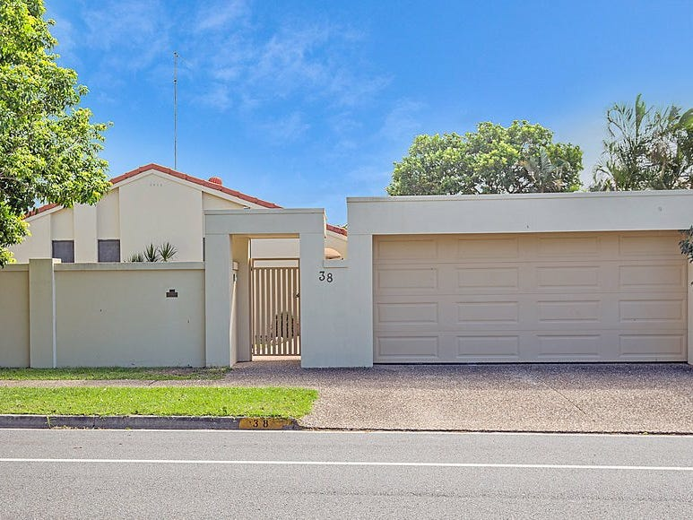 38 Campbell Street, Sorrento, Qld 4217