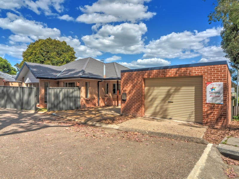 27/33 Lynburn Avenue, Bomaderry, NSW 2541
