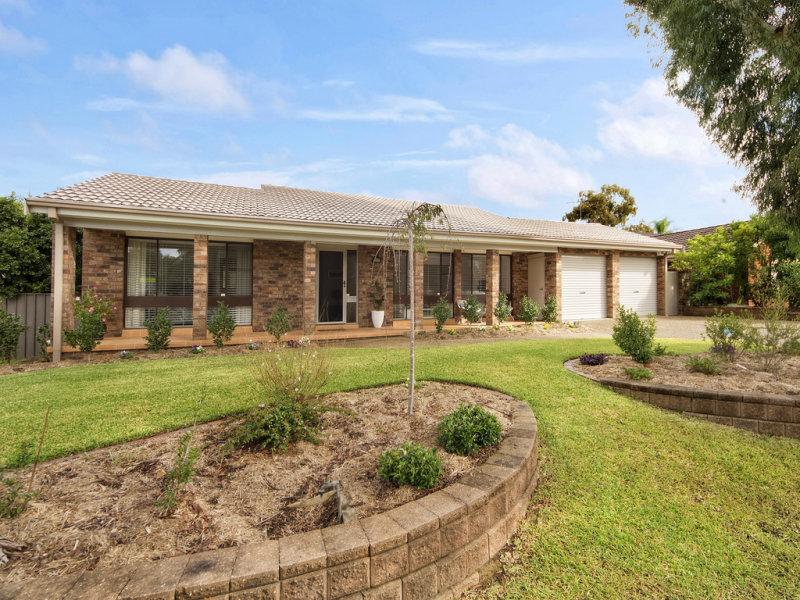13 Oriana Drive, Illawong, NSW 2234