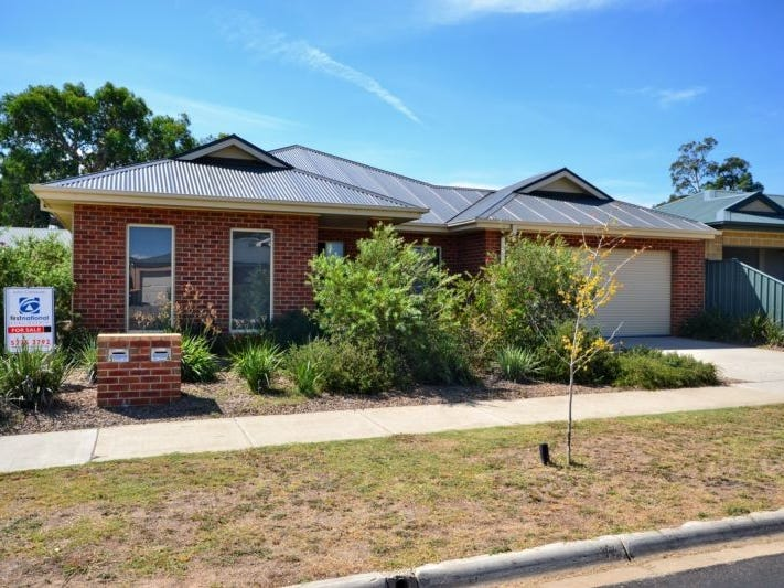 4/77-79 Cambridge Drive, Mansfield, Vic 3722