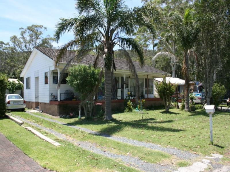 4 The Lakesway, Tarbuck Bay, NSW 2428