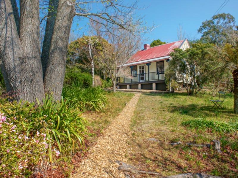 15 Cascade Street, Wentworth Falls, NSW 2782