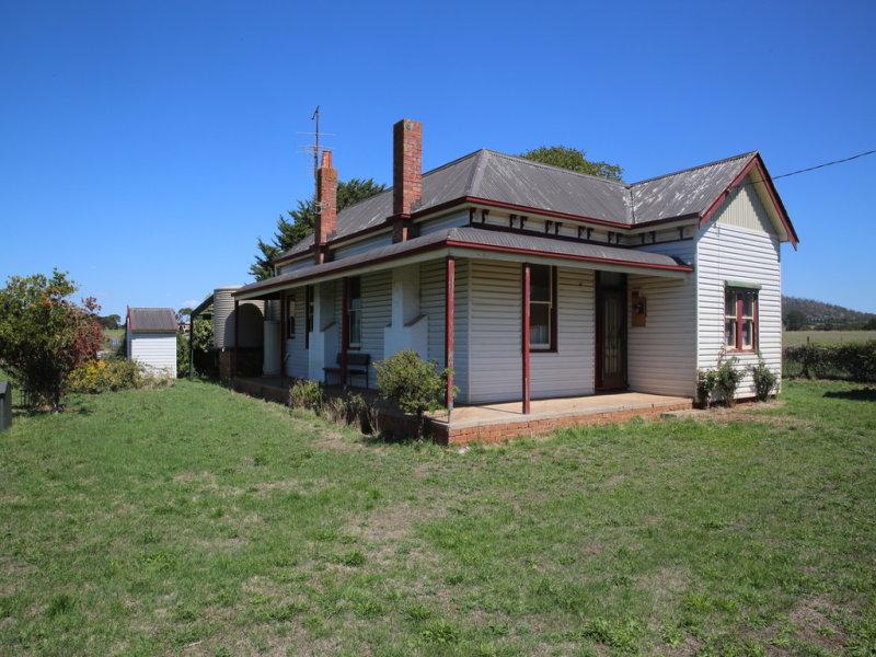 92 Black Swamp Road, Leigh Creek, Vic 3352