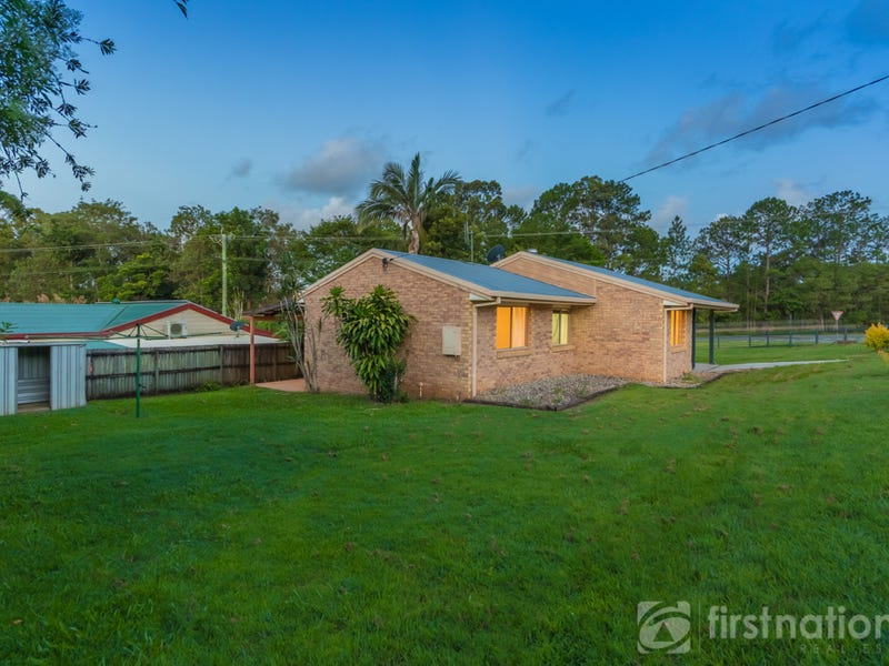 41 Railway Parade, Glass House Mountains, Qld 4518