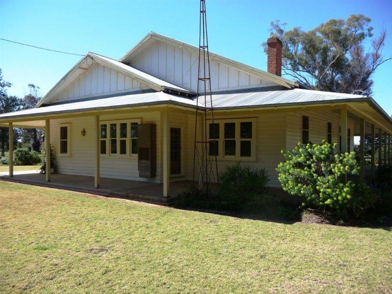 676 Wandong Road, Savernake, NSW 2646