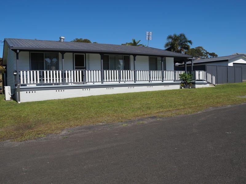 107 WARREGO DRIVE, Sanctuary Point, NSW 2540