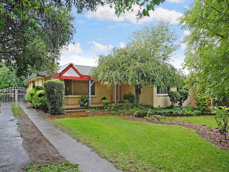 3 GORDON STREET, Thirlmere, NSW 2572