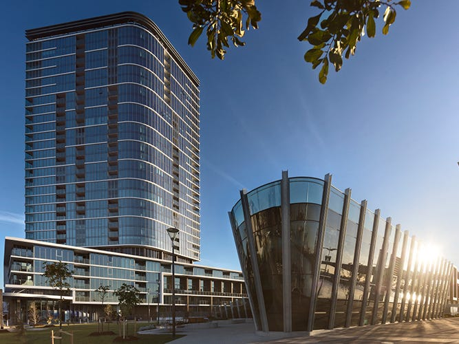 8.02/81 South Wharf Drive, Docklands