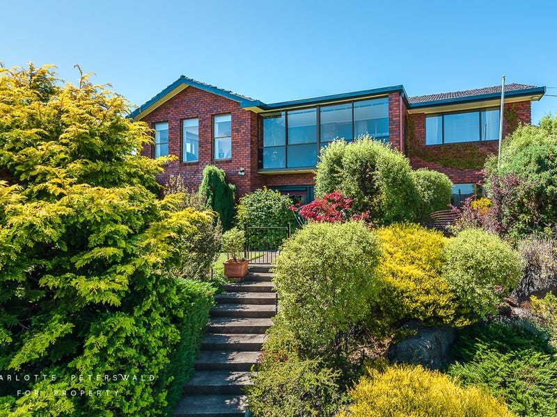 2 Birngana Avenue, Sandy Bay, Tas 7005