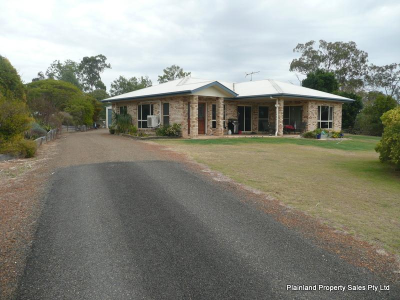 9  CURLEW PLACE, Laidley Heights, Qld 4341