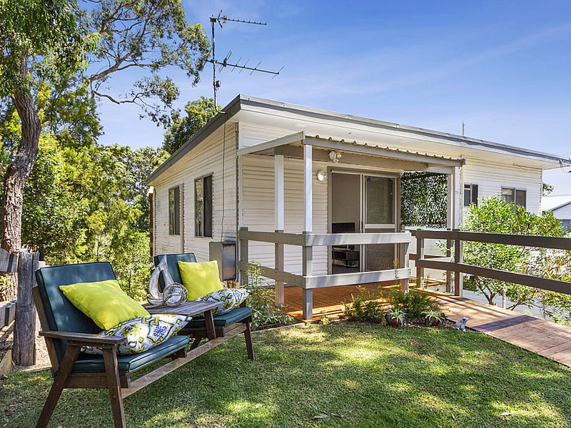 73 Forest Parade, Tomakin, NSW 2537