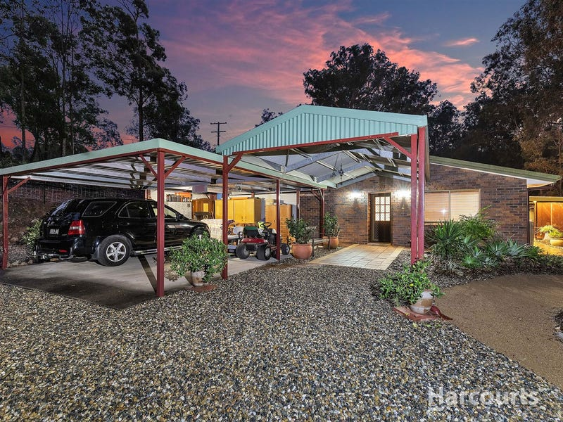 7 Branch Creek Road, Clear Mountain, Qld 4500