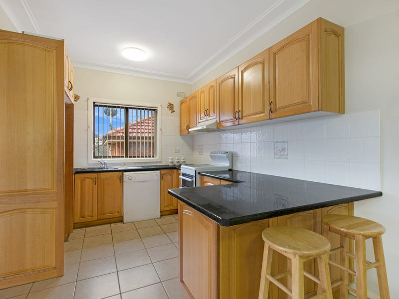 78 Barina Avenue, Lake Heights, NSW 2502