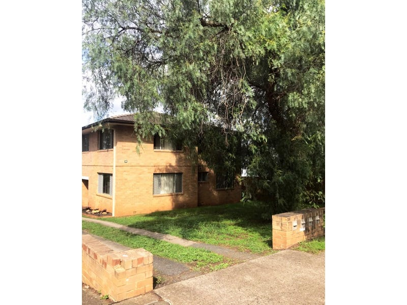 1/36 Old Hume Hwy, Camden, NSW 2570