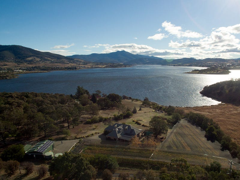 10 Compton Road, Old Beach, Tas 7017