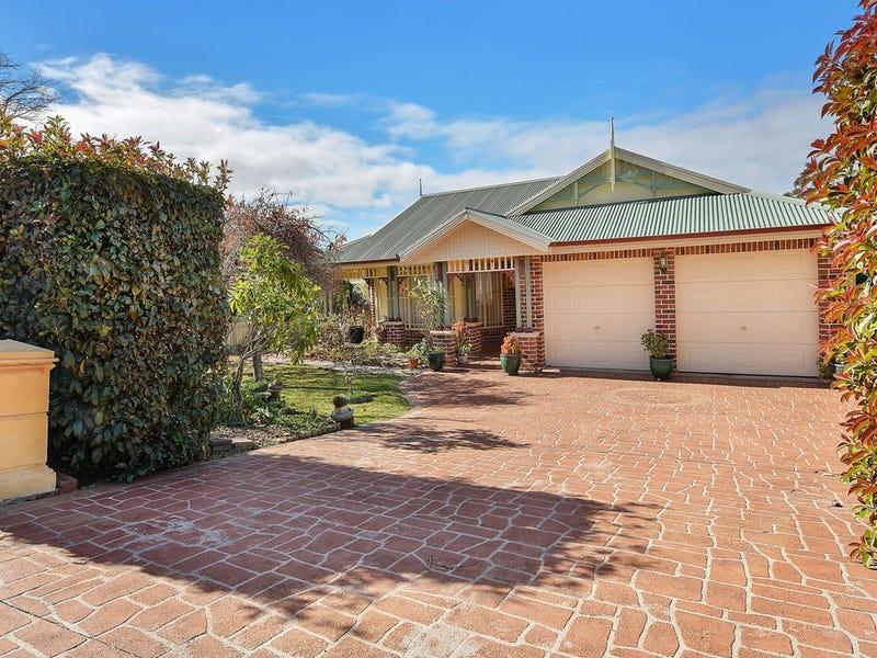 242  Blaxland Rd, Wentworth Falls, NSW 2782