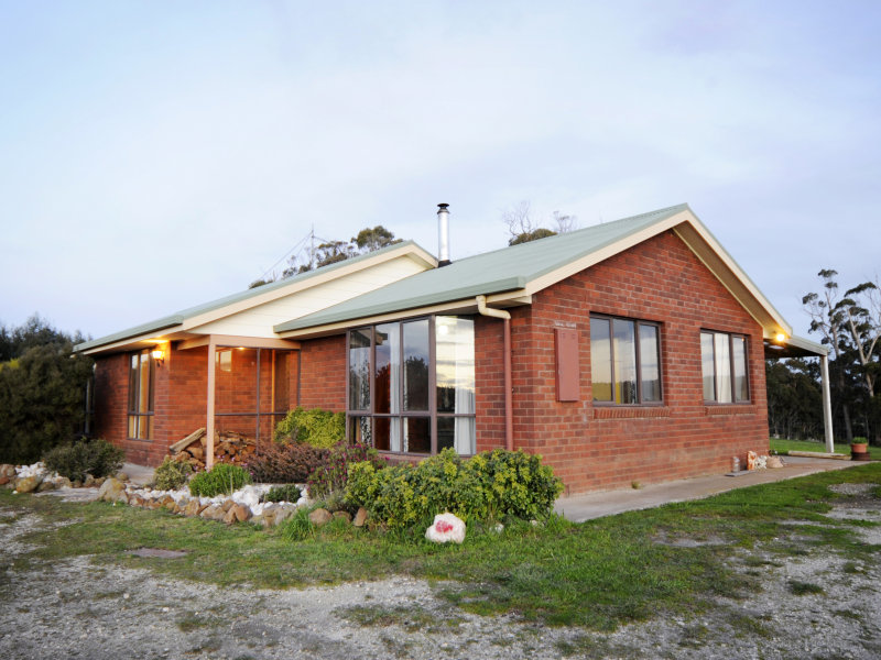 Address available on request, Pipers River, Tas 7252