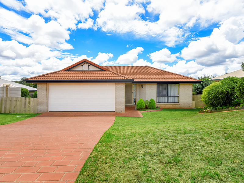 17 May Court, Middle Ridge, Qld 4350