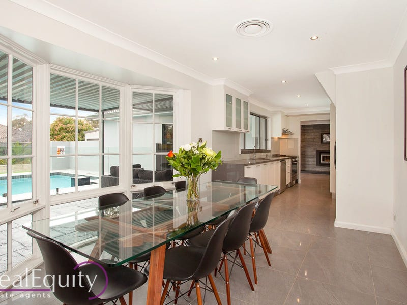 71 Rugby Crescent, Chipping Norton, NSW 2170