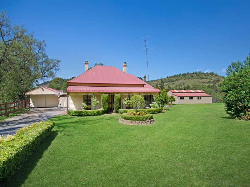 1545 Remembrance Drive, Razorback, NSW 2571