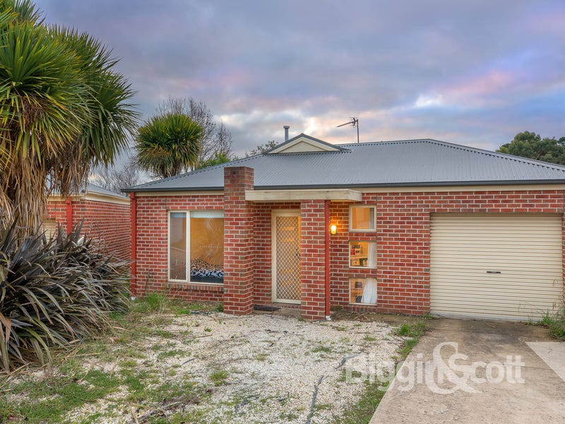 4/320 Humffray Street North, Brown Hill, Vic 3350
