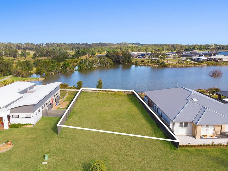 10 Waterside Close, Rutherford