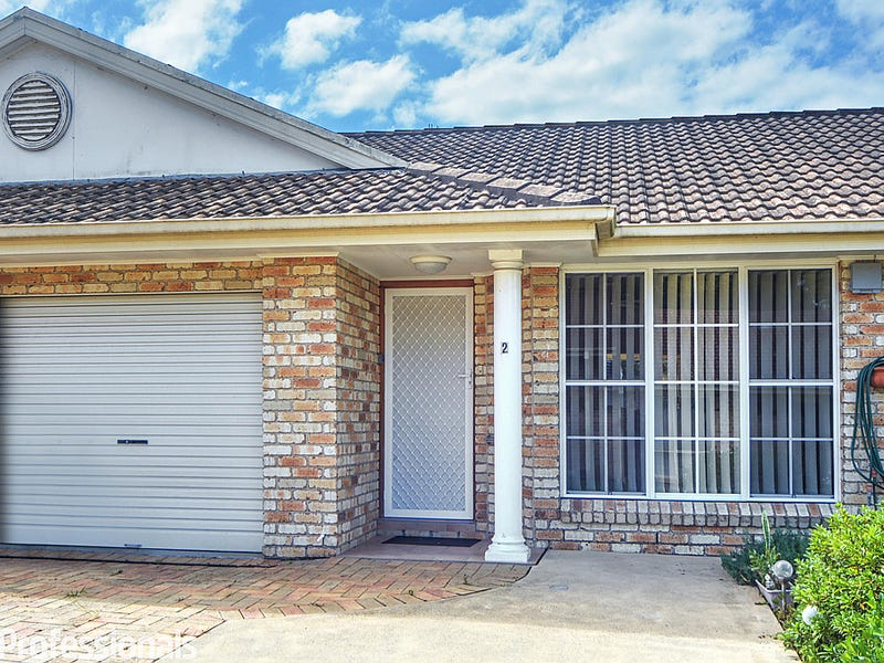 2/7 Harbour Bvd, Bomaderry, NSW 2541