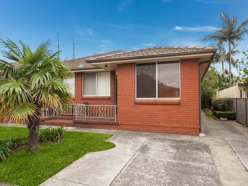 2/13 Grafton Avenue, Figtree, NSW 2525