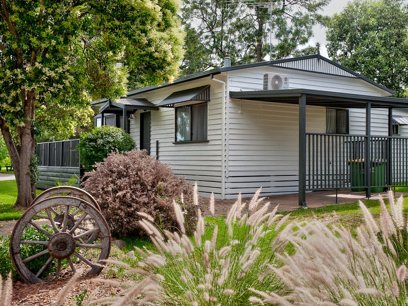 37 Whitebark Way, Albury, NSW 2640