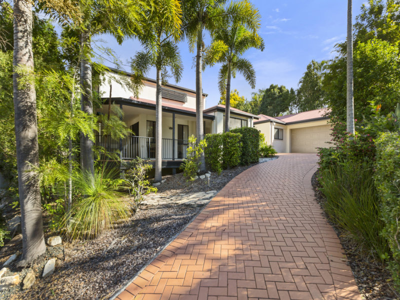 8 Strauss Place, Mount Ommaney, Qld 4074