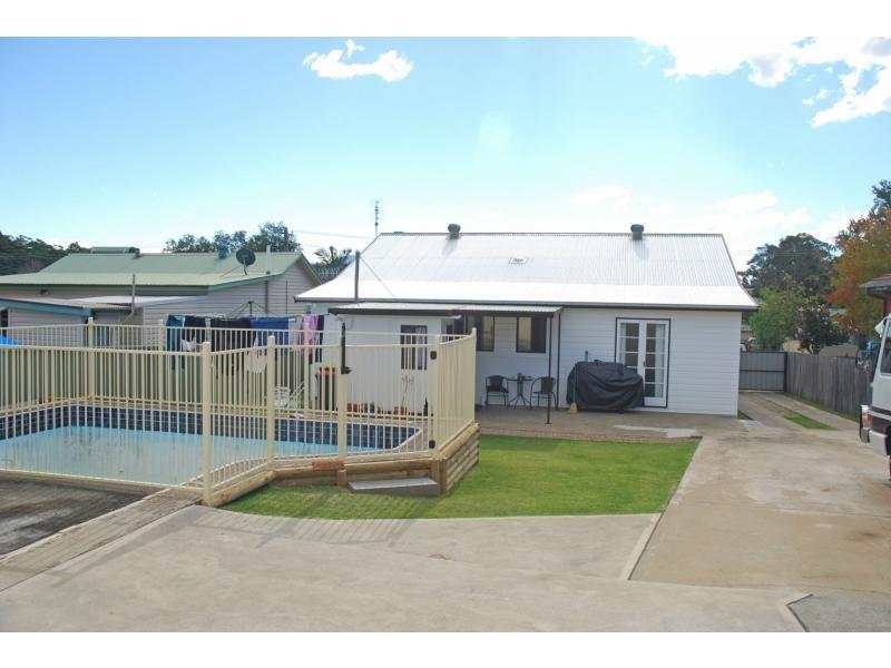 16 Ernest Street, Nowra, NSW 2541