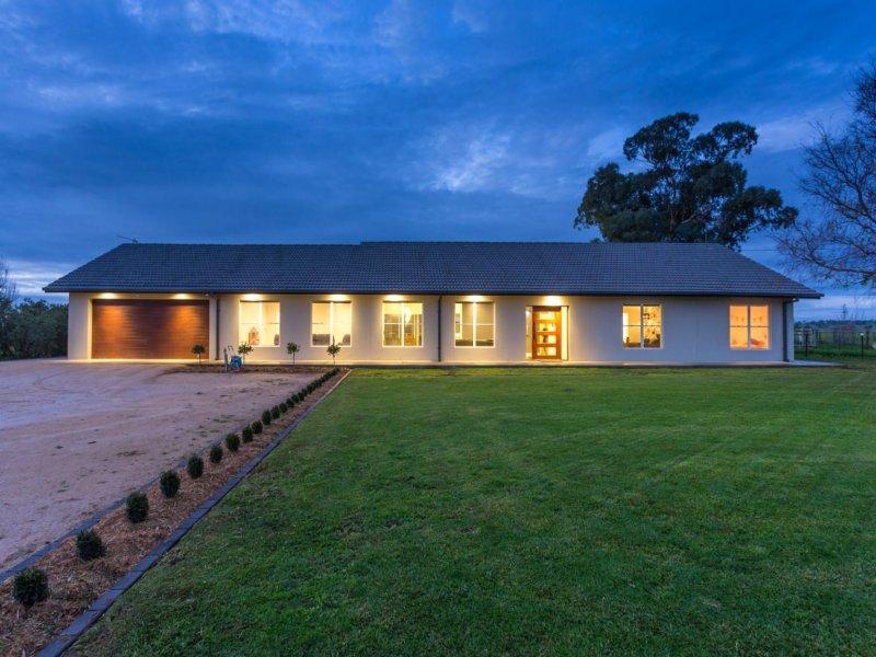 18 Dunns Road, Wagga Wagga, NSW 2650