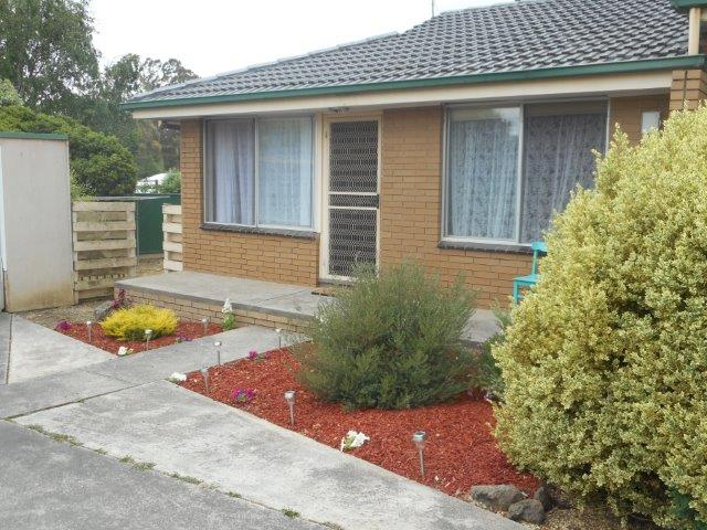 Address available on request, Mount Clear, Vic 3350